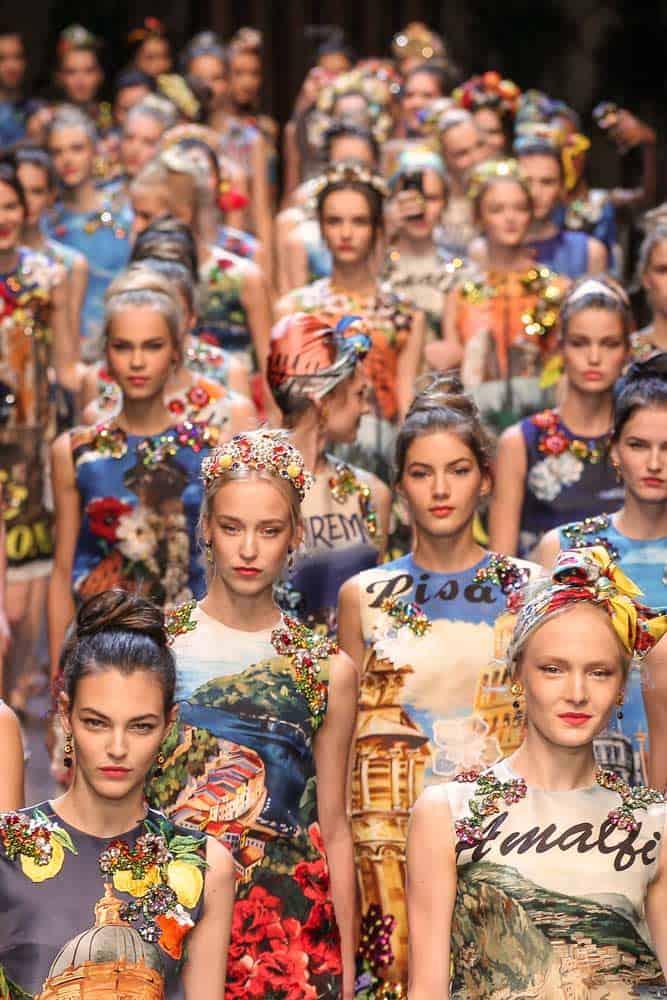 fashion music show, models