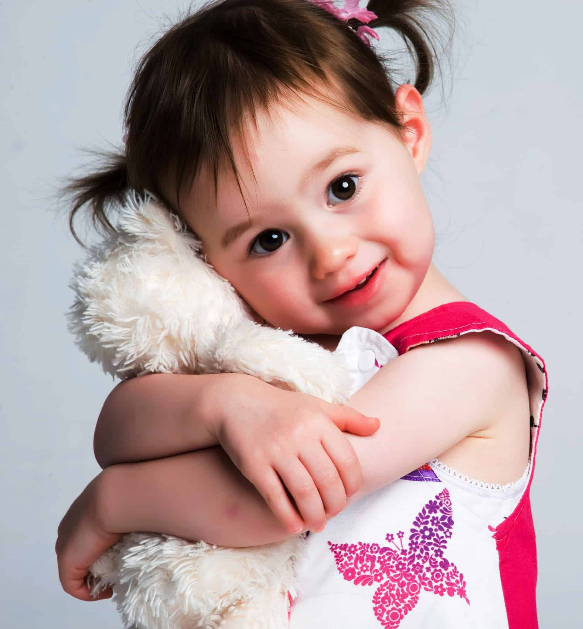 when to introduce security blanket, children treasure blankets, good parenting brighter children, security blankets, baby security blanket