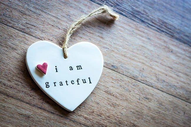 how to practice gratitude; heart with gratitude saying